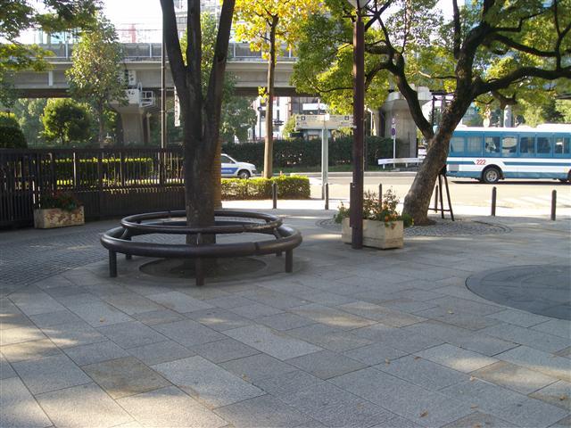Yokohamatosikeikan_r