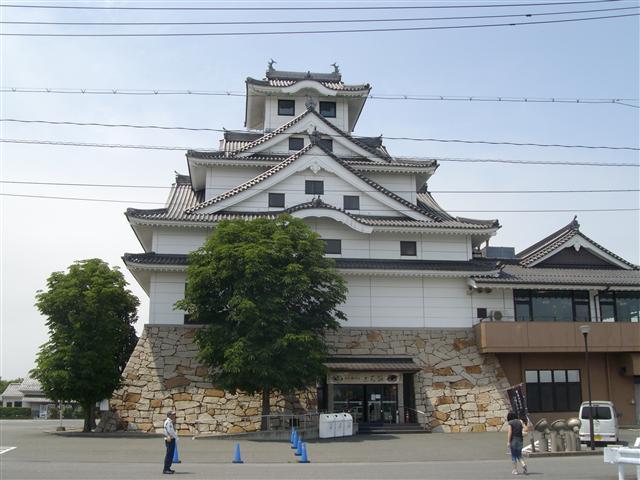 Okashishirotatemono01_r