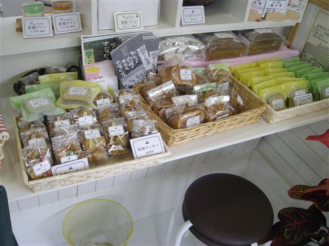 Okashiuriba04_r