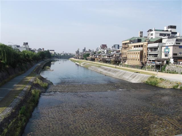Kamogawa16_r