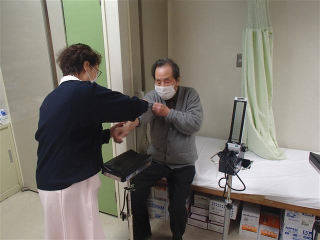 Yoshimasauetaiinn02_r